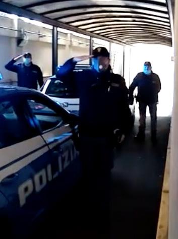 OMAGGIO DELLA POLIZIA AL NOSTRO PERSONALE