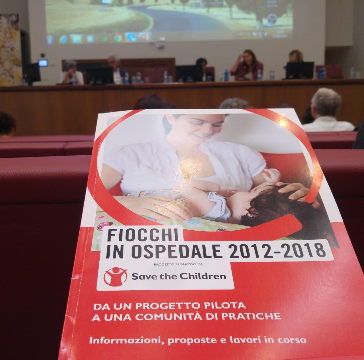 FIOCCHI IN OSPEDALE, VERSO LA COSTRUZIONE DI COMUNITÀ DI CURA